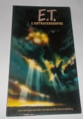 E.T. L'EXTRATERRESTRE UN LIBRO DAL FILM