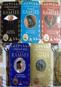Il romanzo di Ramses lotto romanzi storici 5 libri Egitto:  Il figlio della luce, La dimora millenaria, La battaglia di Qadesh, La figlia di Abu Simbel, L'ultimo nemico - I MITI SERIE COMPLETA