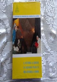 LA BIBBIA PER LA FAMIGLIA ANTICO TESTAMENTO (8 VOLUMI) E NUOVO TESTAMENTO (2 VOLUMI)