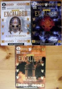 Il romanzo di Excalibur - lotto storico 3 libri Re Artù Oscar Bestsellers: Il re d'inverno - Il cuore di Derfel - La torre in fiamme.